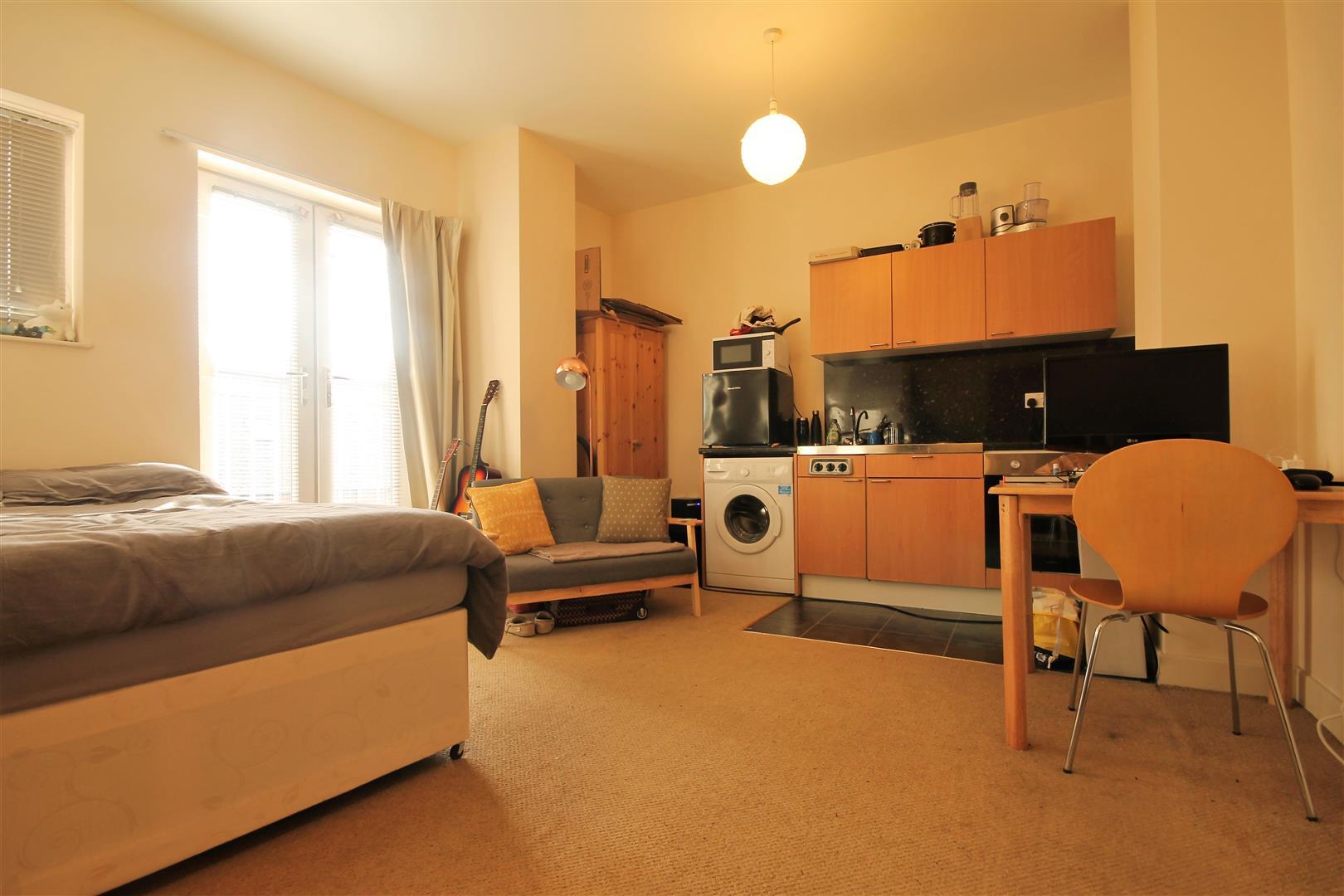 Waterloo House Newcastle Upon Tyne, 1 Bedrooms  Apartment - studio ,Sold (STC)